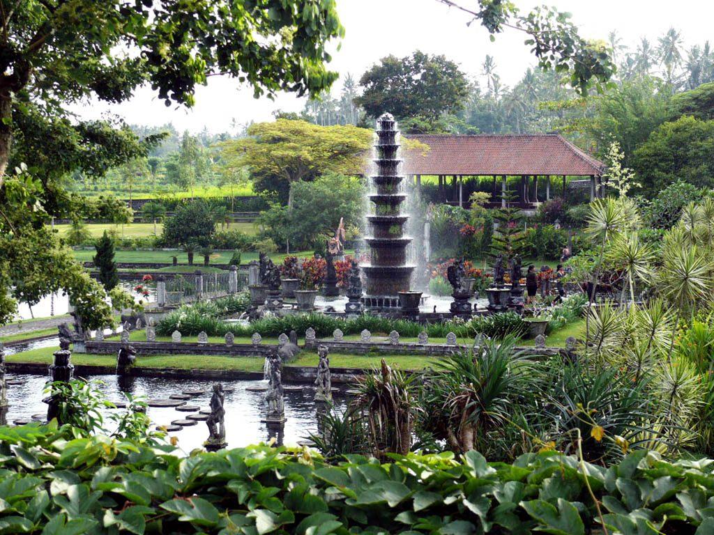 Tirtagangga bains royaux est de Bali | iBALI Voyage