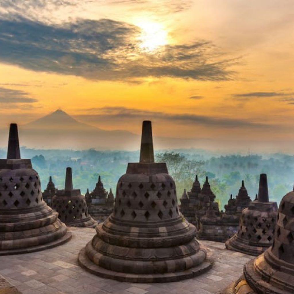 Temple de Borobudur | Voyage Bali Indonésie en Circuit Privé avec Guide Francophone