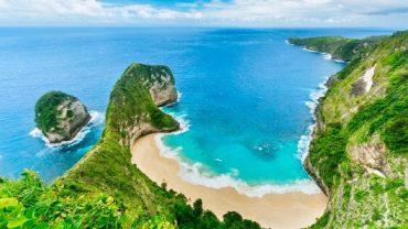 Falaise de Kelingking Nusa Penida | Voyage Bali Indonésie en Circuit Privé avec Guide Francophone